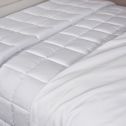 EcoLuxe Down-Alternative Comforter